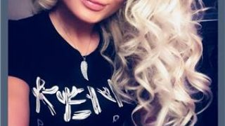Blonda finuta !